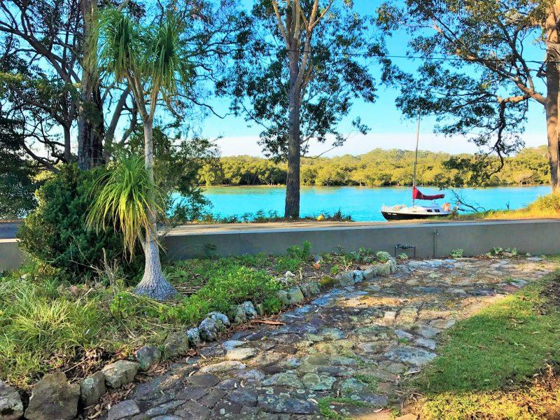 Deep Water Paradise, Woollamia : image