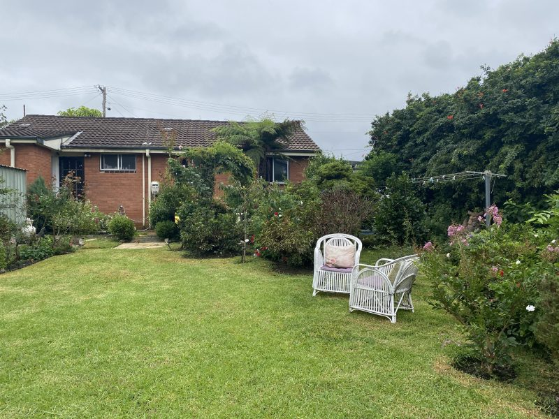 Positioned Backing onto Golf Course! : image
